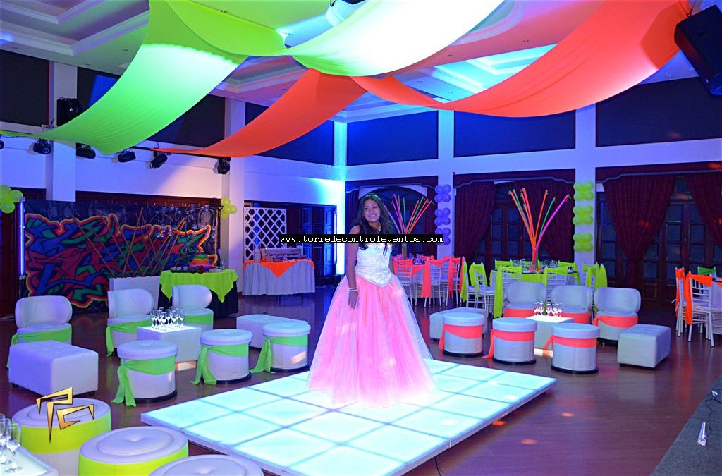 Salon de recepciones, banquetes bogota, fiestas tematicas, 15 años